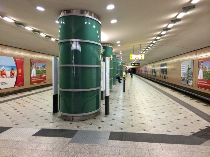 Typical U Bahn station - no turnstiles!