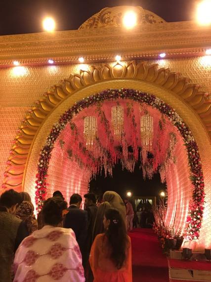 look at this beautiful entranceway!